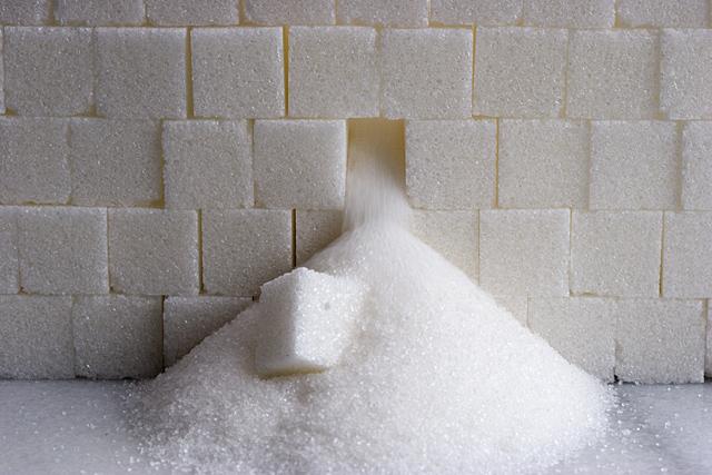 دستور واردات ۸۰۰هزار تن شکر صادر شد