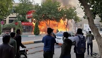 حمله به پایگاه رای جریان انقلابی با گرانی بنزین