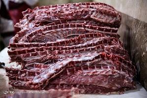 نرخ هر کیلو شقه گوسفندی به ۱۳۵ هزار تومان رسید/ کمبود دام علت اصلی گرانی گوشت